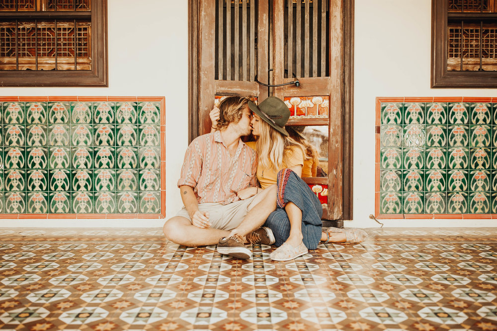 Julie and Will Old Town Phuket Couple Session 6.jpg