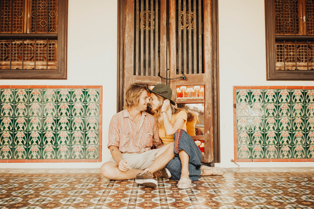 Julie and Will Old Town Phuket Couple Session 7.jpg