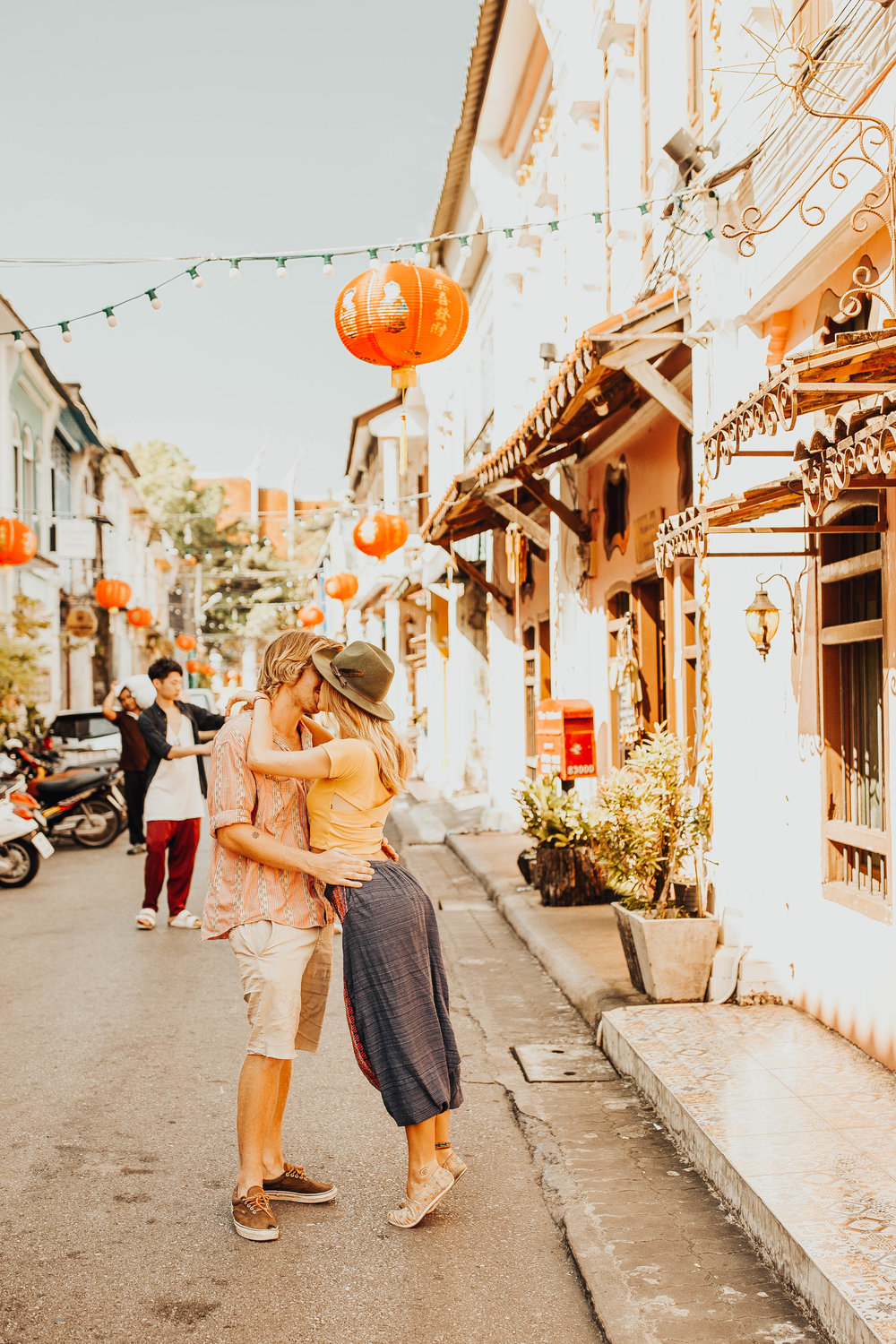 Julie and Will Old Town Phuket Couple Session 9.jpg