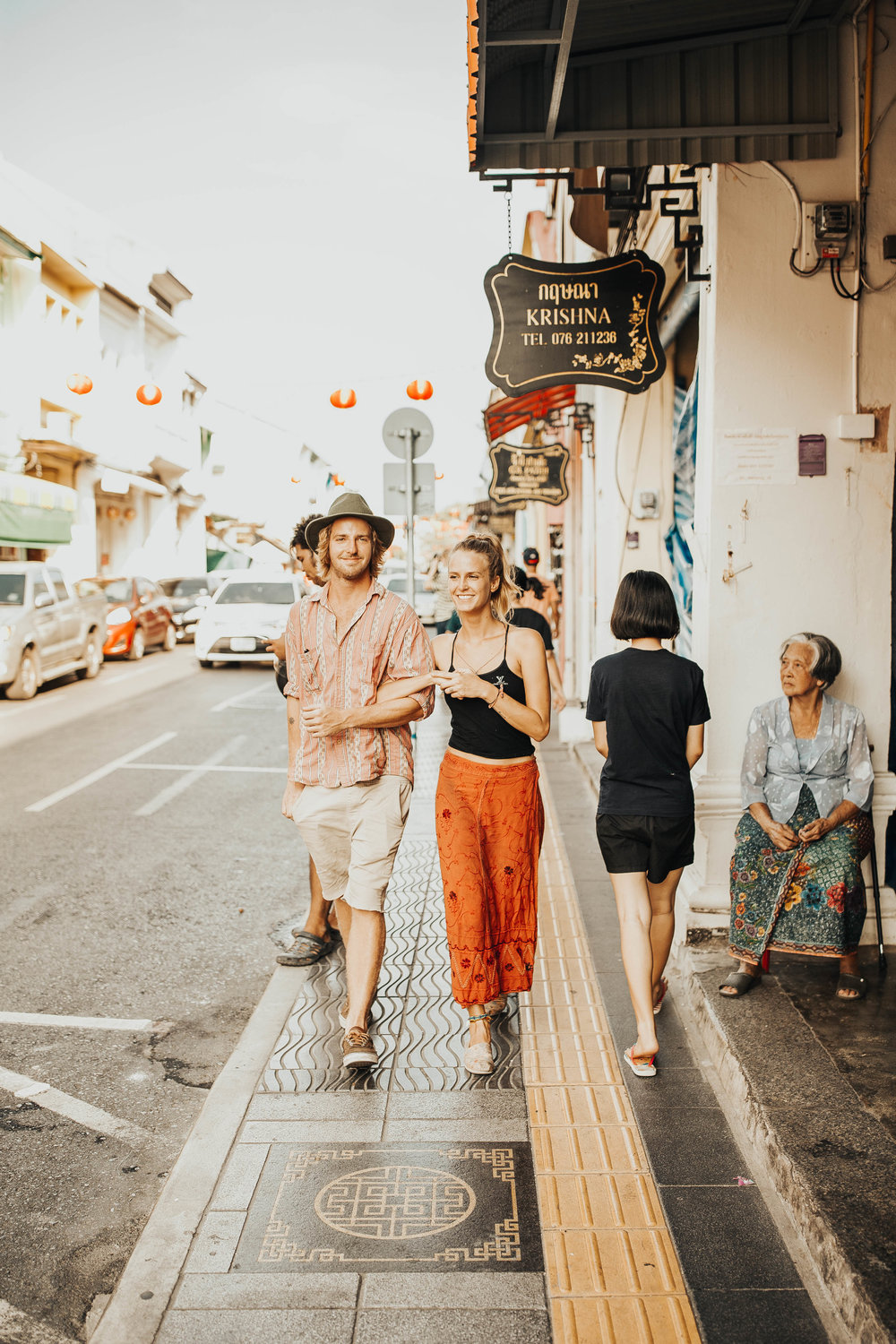 Julie and Will Old Town Phuket Couples Session 68.jpg