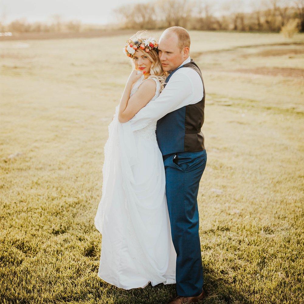 Luke and Ashtyne's York, Nebraska December Wedding