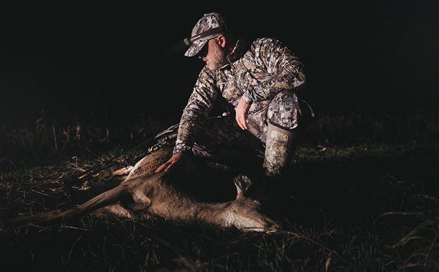 So many things lined up last night and even though I didn't see the buck I thought I might, this doe presented me with a perfect 18 yard shot I couldn't pass. 3 down for DJ and I and the gears switch as the fellas start looking for love. Here come the weeks we dream of! - Justin #diverge7