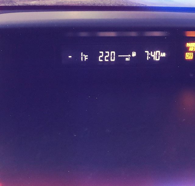 It's slightly cold this morning. #thisiscle #cleveland #weather #winter #cold