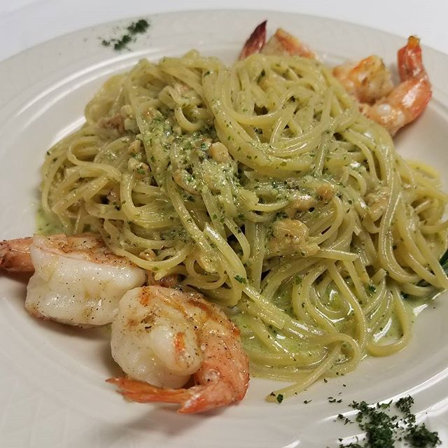 Linguine pesto with grilled shrimp is our #pasta #special, and tonight is $25 Pasta Night! #RVA #amici #rvadine #rvawine #carytown #datenight