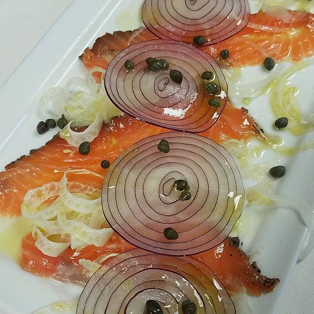Housed cured salmon with shaved red onion, fennel, capers, lemon and EVOO. So #fresh #delicious #RVA #amici #share