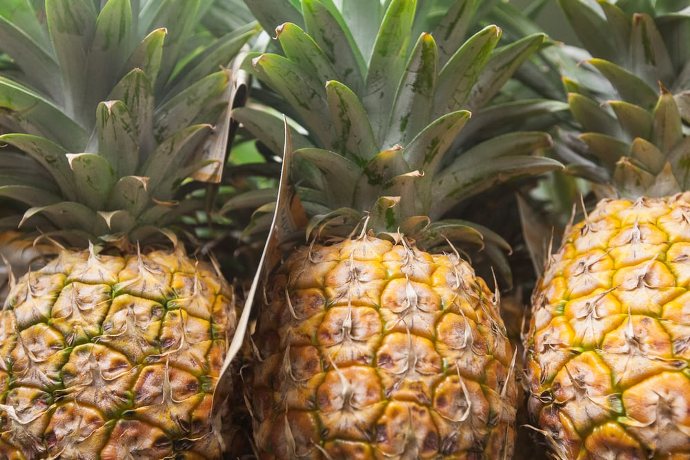 pineapples-produce-department-mana-foods-maui.jpg
