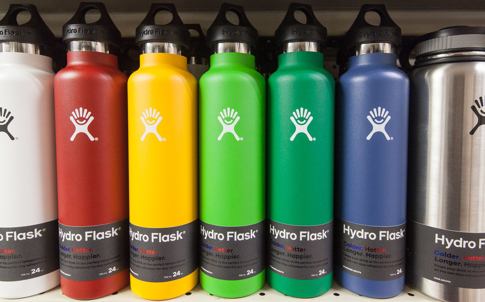 hydro-flask-display-mana-foods-grocery.jpg