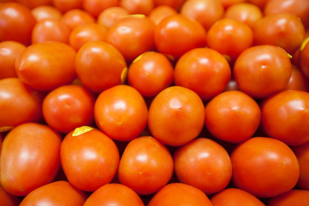 roma-tomatoes-organic-produce-department-mana-foods.jpg