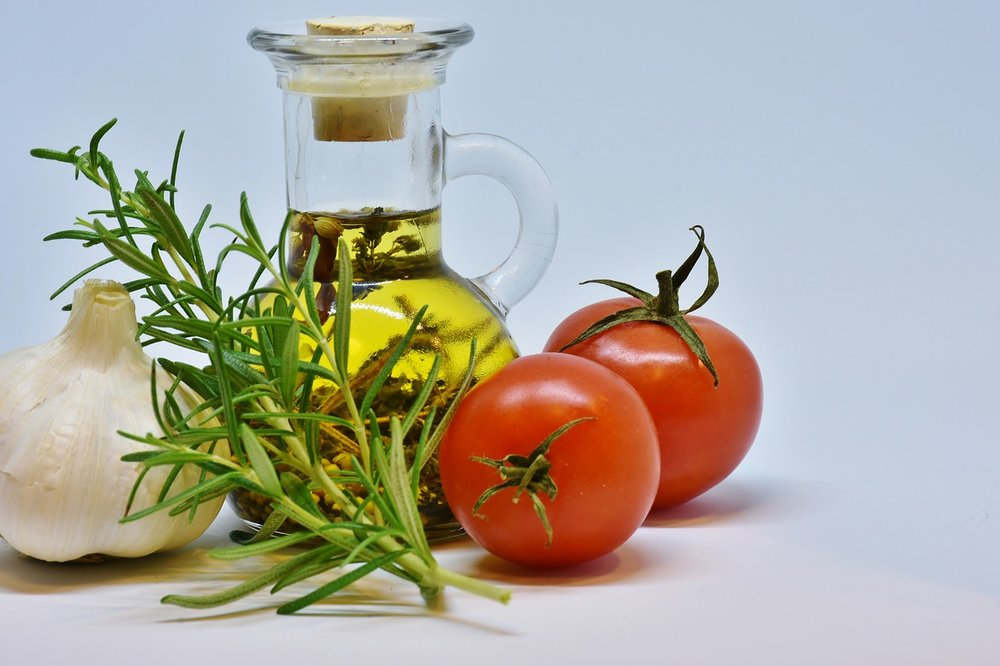 Cook Olive Oil Food Tomato Oil Kitchen Garlic