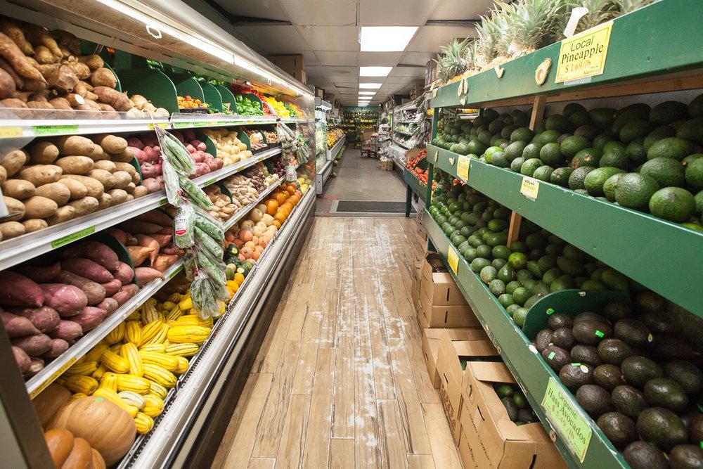mana-foods-produce-department-aisle copy.jpg