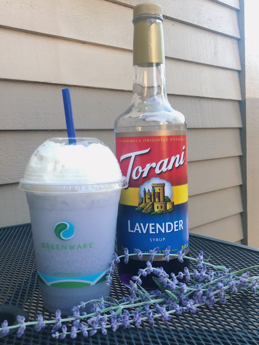Italian Sodas - Choose from more than 60 flavors, mix and match as you like and try them with (or without) cream and real whipped cream! The possibilities are practically endless.