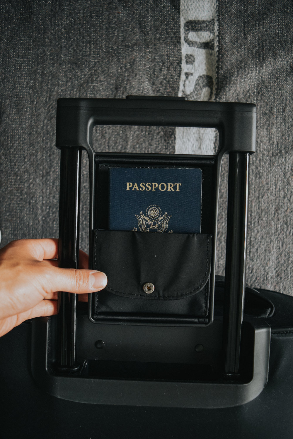 Quick access to passport or credit cards