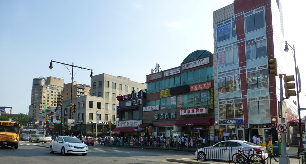 "Look for the giant red bowl above the ""Red Bowl Noodle Shop"" in the middle of the picture..."