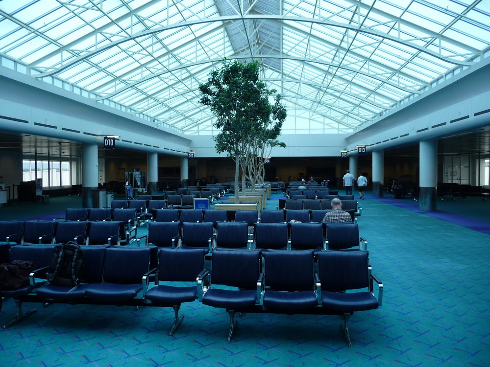 PDX-end-of-D-concourse.JPG
