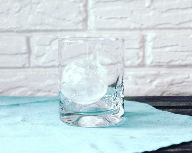 What appears as a simple sphere of ice has truly been a lesson in patience. Creating this cute little ice sphere that will soon hold a cocktail has been a labor of love. So today I'm breaking down the process of how to create an ice sphere to hold a cocktail inside of and tomorrow we will fill that ice sphere up. The process is all on the blog