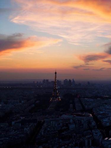 Alice's photo Eiffel tower
