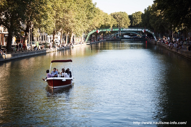Boat trip Paris