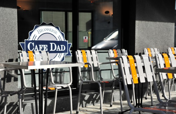 café dad Paris Terrace