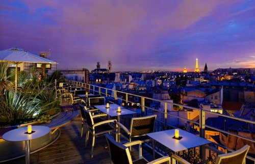 Top rooftop bars in Paris #4 Le 43 Bar Cocktails