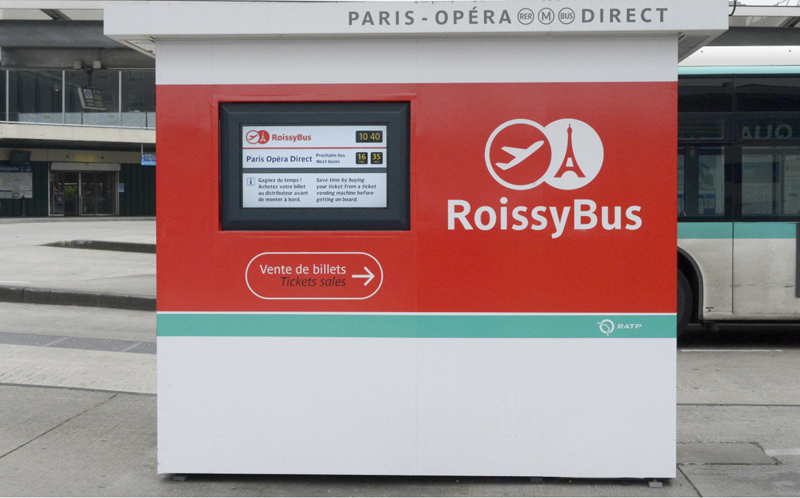 Roissybus ticket machines - Photo credit ©rapt.fr