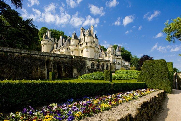 bigstock-usse-castle-indre-et-loire-c-16121264.jpg