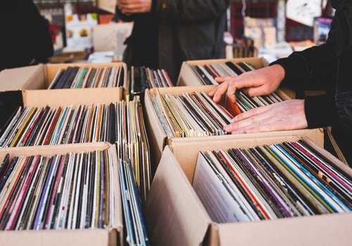 Best flea markets in Paris - LMV-Paris-Vanves-Flea-Market-2