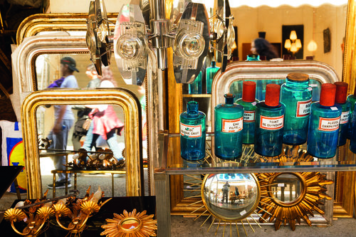 Best flea markets in Paris - Saint Ouen