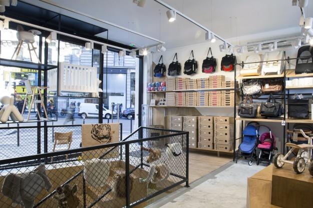 Womb fashion の洒落た店内(Photo credit: doolittle.fr)