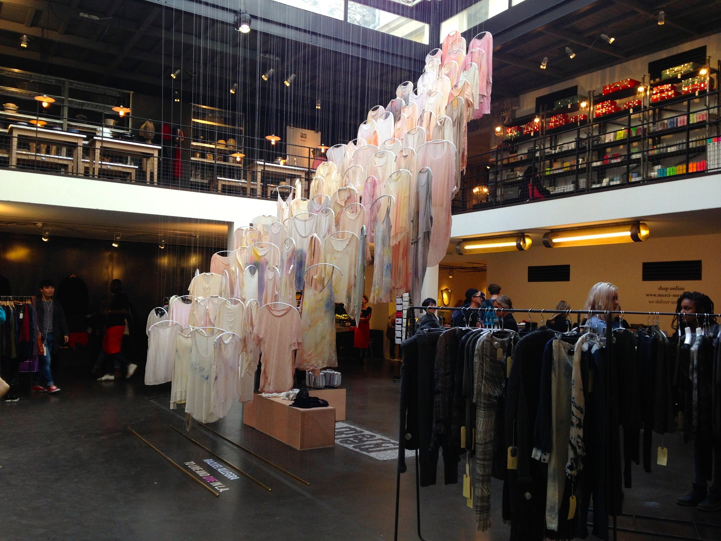 ร้าน 'Merci' (รูปภาพจาก: jennysaitquoi.com )