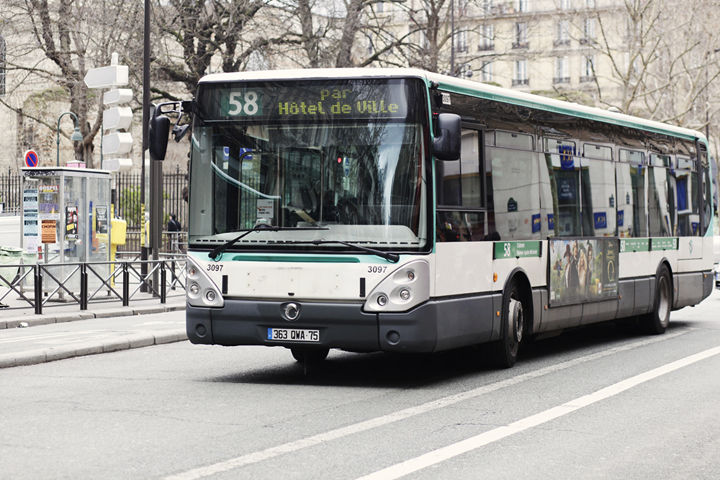 HiP-Paris-Blog-Carin-Olsson-Taking-the-bus-in-Paris-5.jpg