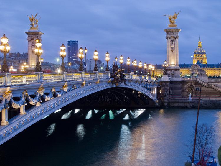 Pont_Alexandre_III_-_01.jpg
