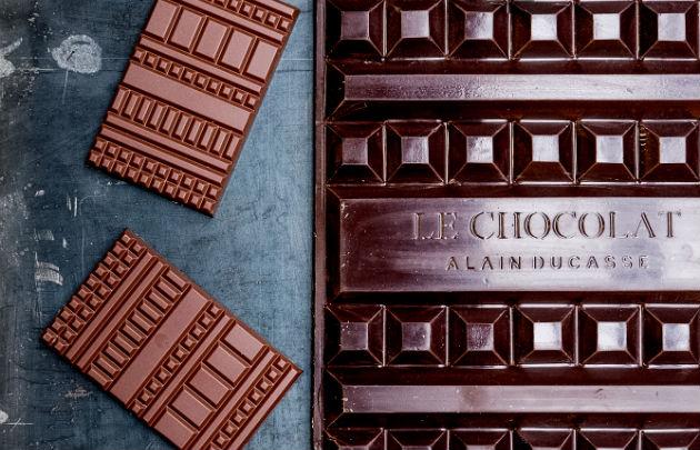 Best Chocolate in Paris; Manufacture-de-chocolat-Alain-Ducasse-Tablettes-|-630x405-|-©-Pierre-Monetta.jpg