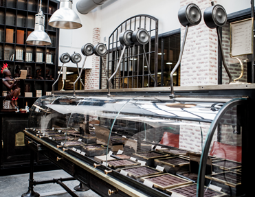 Best Chocolate Shops in Paris; Photo credit: lechocolat-alainducasse.com