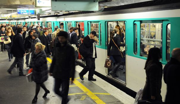 Paris transportation METRO+