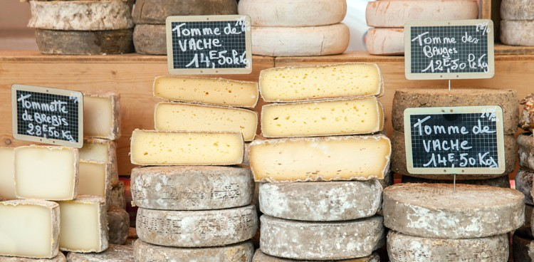 Where to buy cheese in Paris?