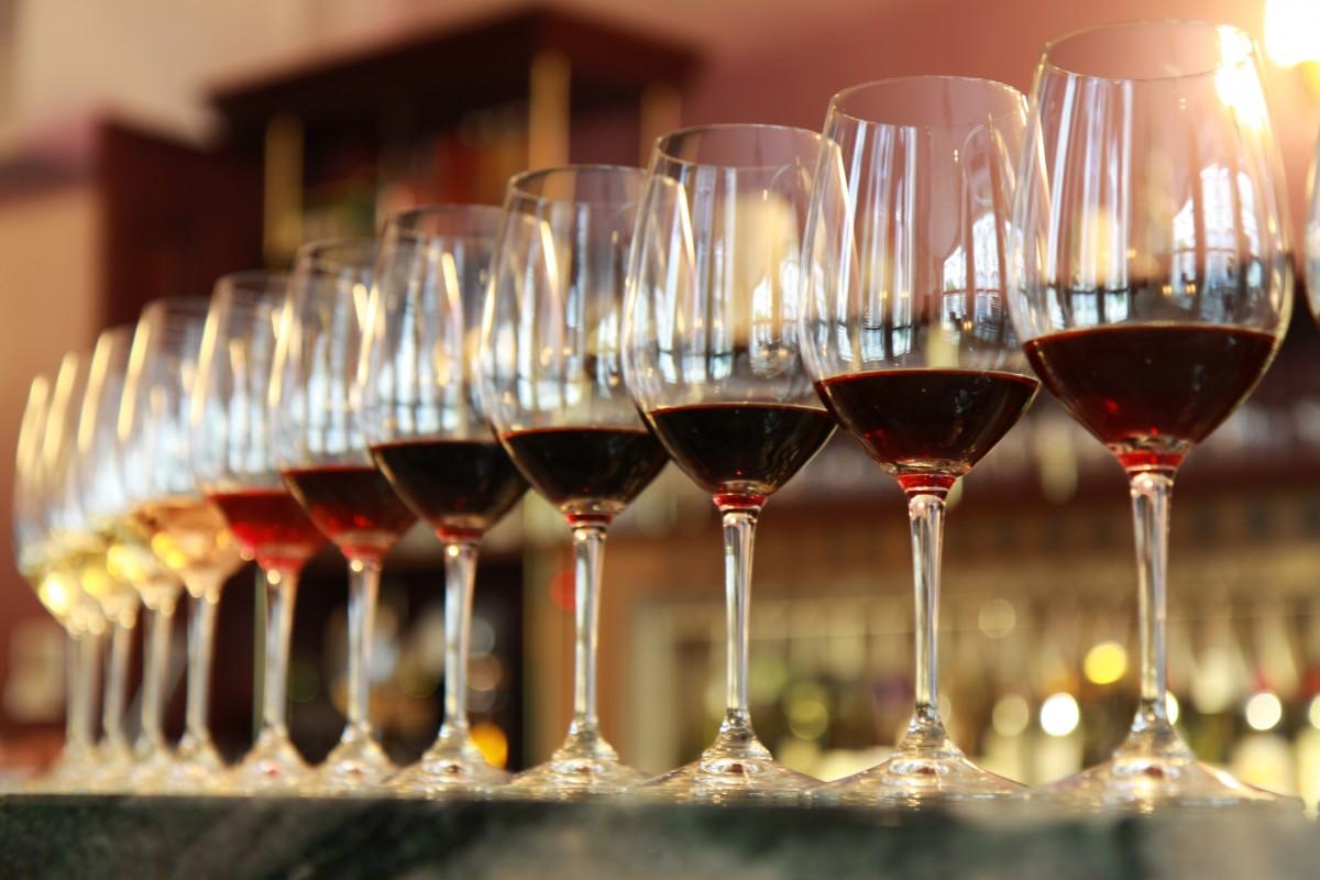 wine tasting in paris insidr paris