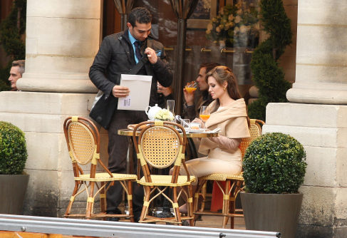 MOVIES SET IN PARIS #8 THE TOURIST Photo credit:  20 Minuten