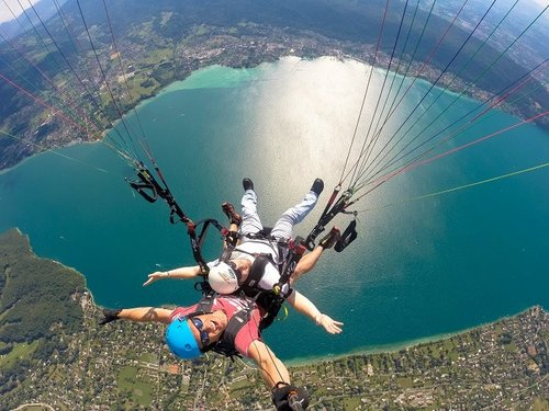 Photo credit: Cadeau Parapente