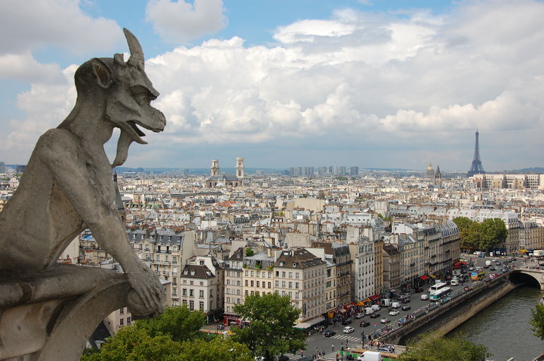 Notre Dame Viewpoint; Photo credit: Olympus Tours
