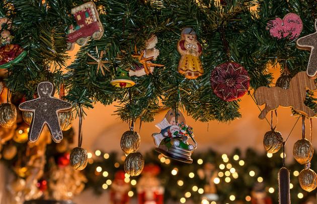 Marché-de-Noël-4-Xmas-Market-l-630x405-l-©-Anja-Pietsch-via-Flickr.jpg