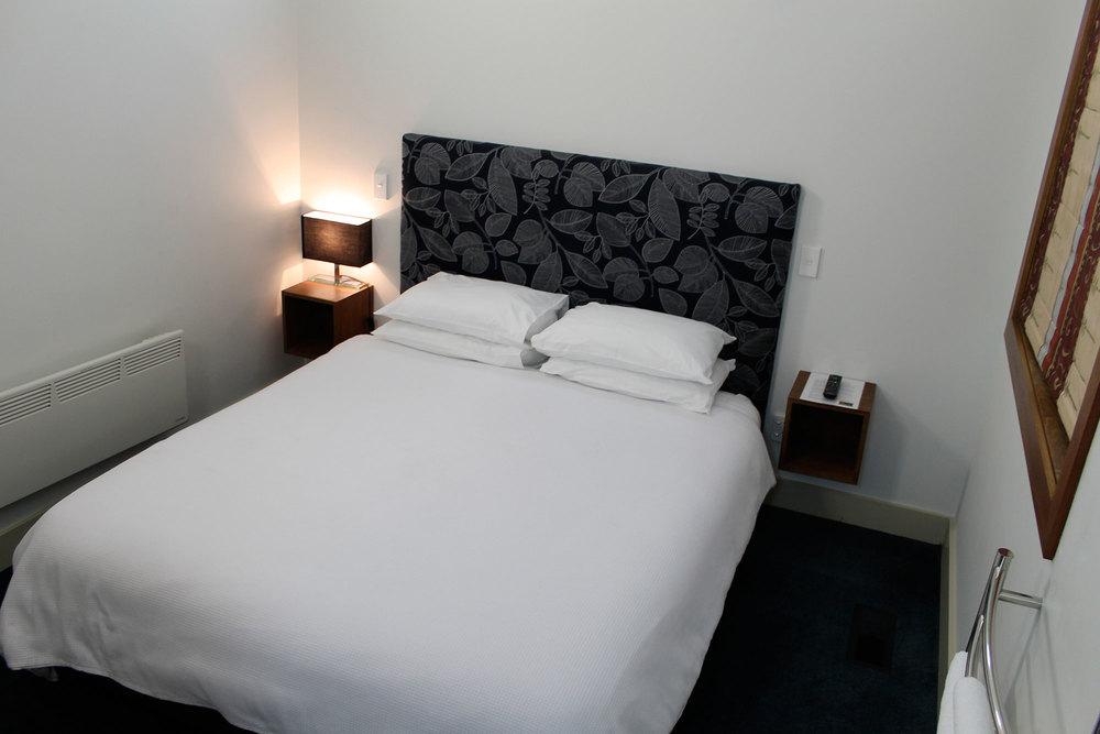 room2_1.jpg