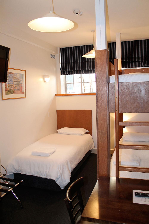 room10_1.jpg
