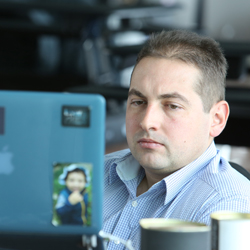 JULIAN, ENGINEERING MANAGER - BULGARIA