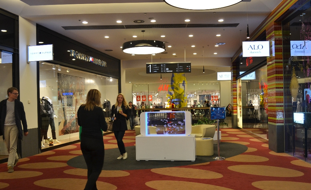 Shopping centre 2.jpg