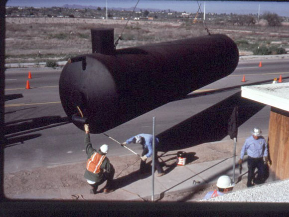 Figure 3: The installation of the underground rainwater storage tanks at Casa del Agua.