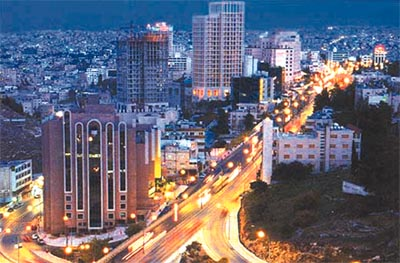 Sharif Hussein bin Ali Street at night. (The Jordan Times)