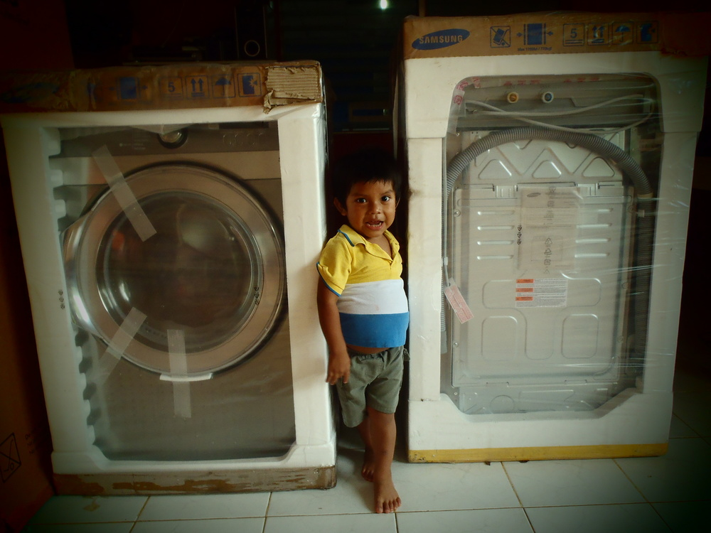 New Washer & Dryer at Nutre Hogar, 2012