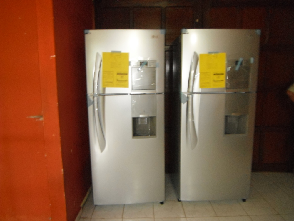 New Refrigerators at Nutre Hogar, 2012