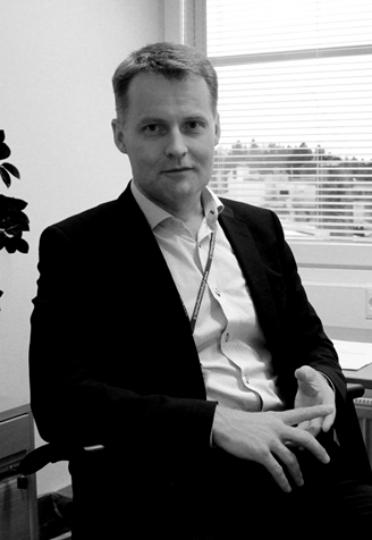 Pekka Koivuneva,  Financial Director,  Yliopiston Apteekki