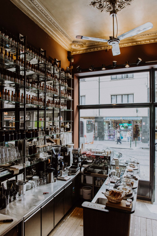 belga & co specialty coffee shop brussels